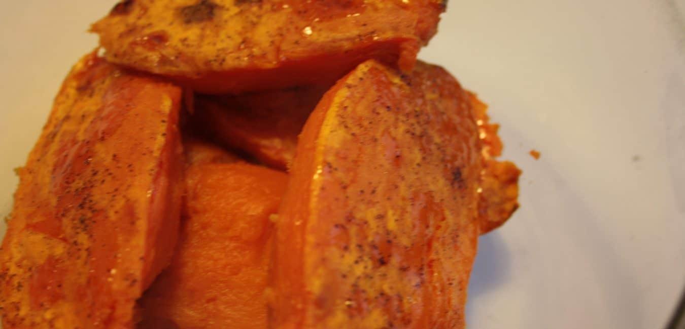 Batátové pyré s pomerančem a fazolkami