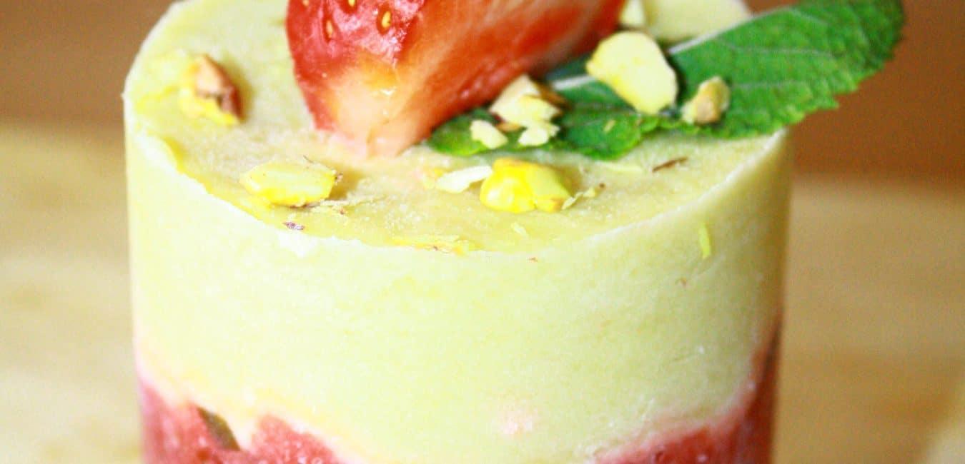 Dortík z jahodového sorbetu a limetové pěny
