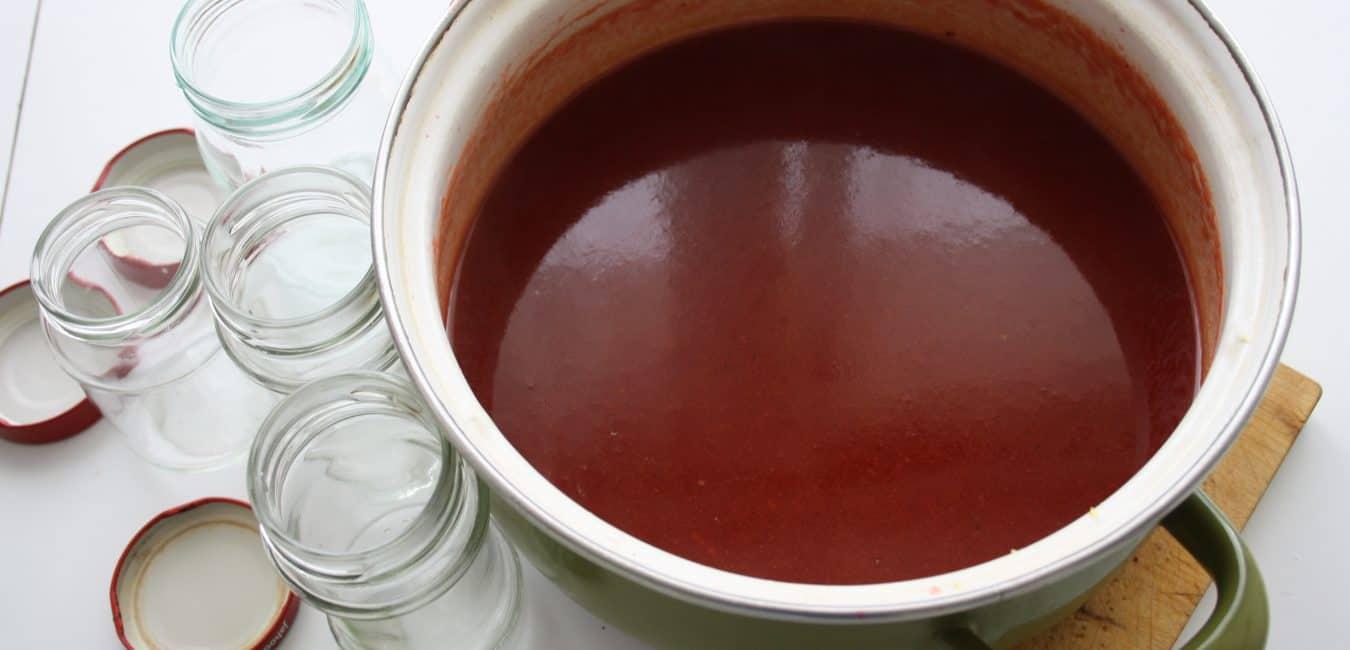 Marmeláda z hlohu se solí a pepřem
