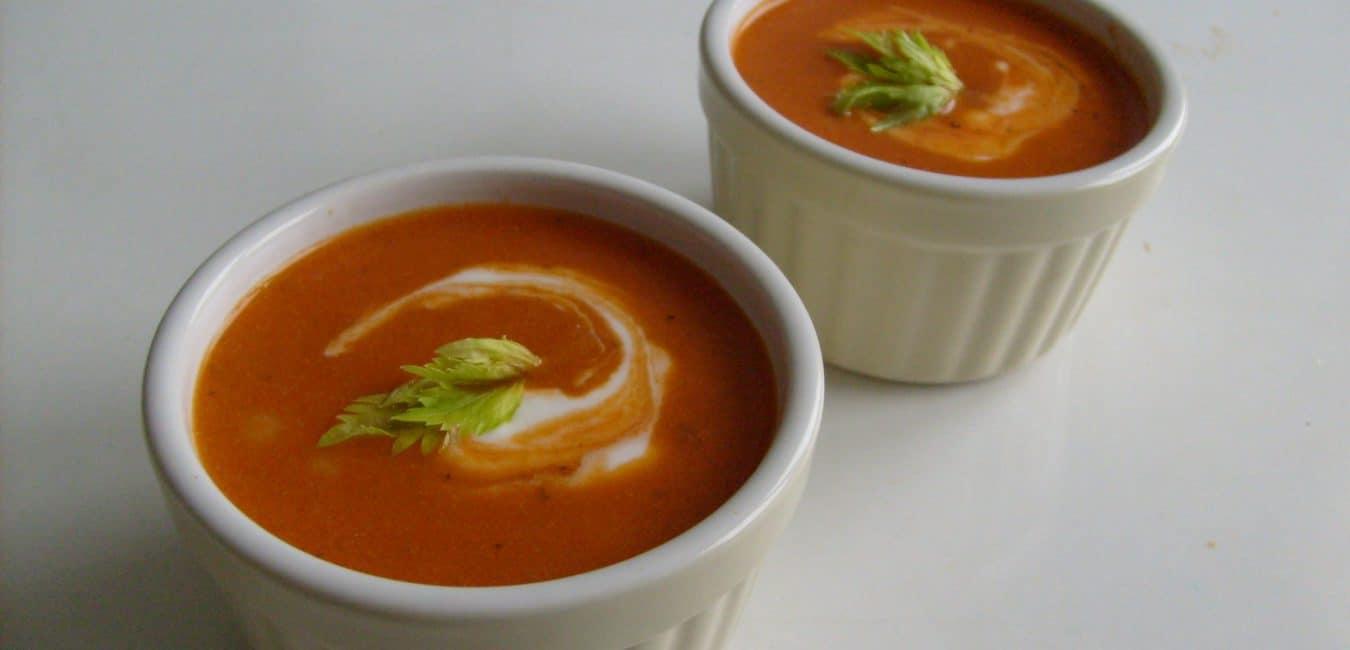 Tomatová polévka s řapíkatým celerem