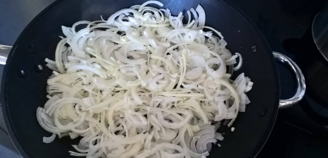 Rizoto s karamelizovanou cibulkou