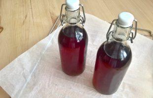 Domácí levandulový sirup na přípravu limonády