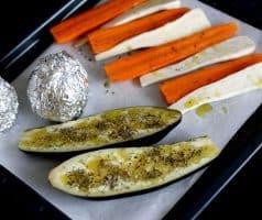 Chlebíček s mrkvovo-petrželovým pyré, pomerančem a pak-choi - postup - krok 1