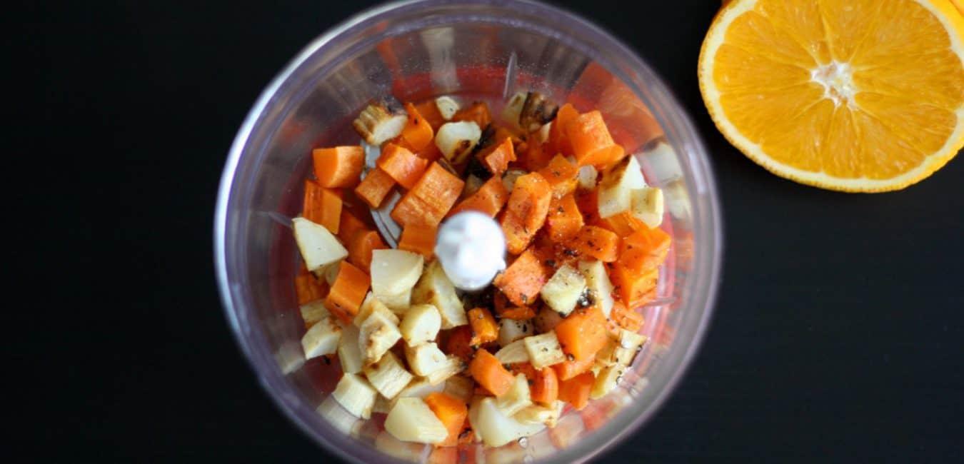 Chlebíček s mrkvovo-petrželovým pyré, pomerančem a pak-choi - postup - krok 3
