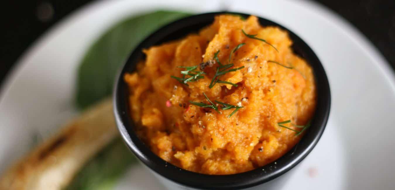 Chlebíček s mrkvovo-petrželovým pyré, pomerančem a pak-choi - postup - krok 4