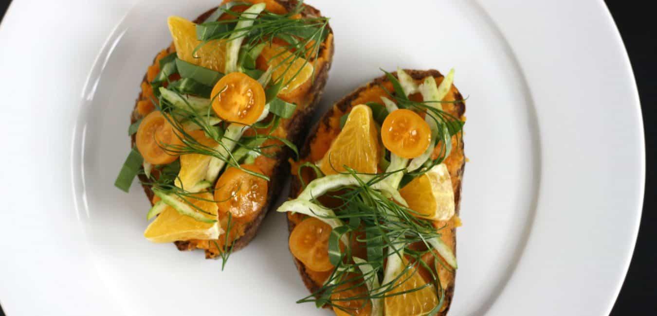 Chlebíček s mrkvovo-petrželovým pyré, pomerančem a pak-choi - postup - krok 8