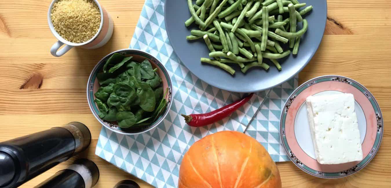 Salát s pečenou dýní, zelenými fazolkami a sýrem feta - postup - krok 1