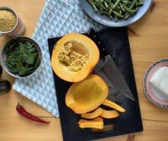 Salát s pečenou dýní, zelenými fazolkami a sýrem feta - postup - krok 2