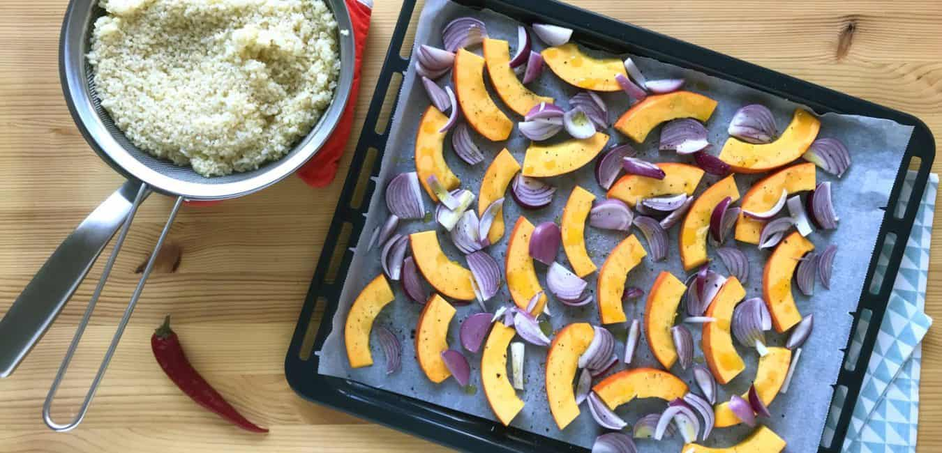 Salát s pečenou dýní, zelenými fazolkami a sýrem feta - postup - krok 3
